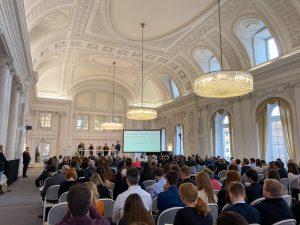 Demokratiekonferenz: Einfluss von Social Media auf den politischen Diskurs