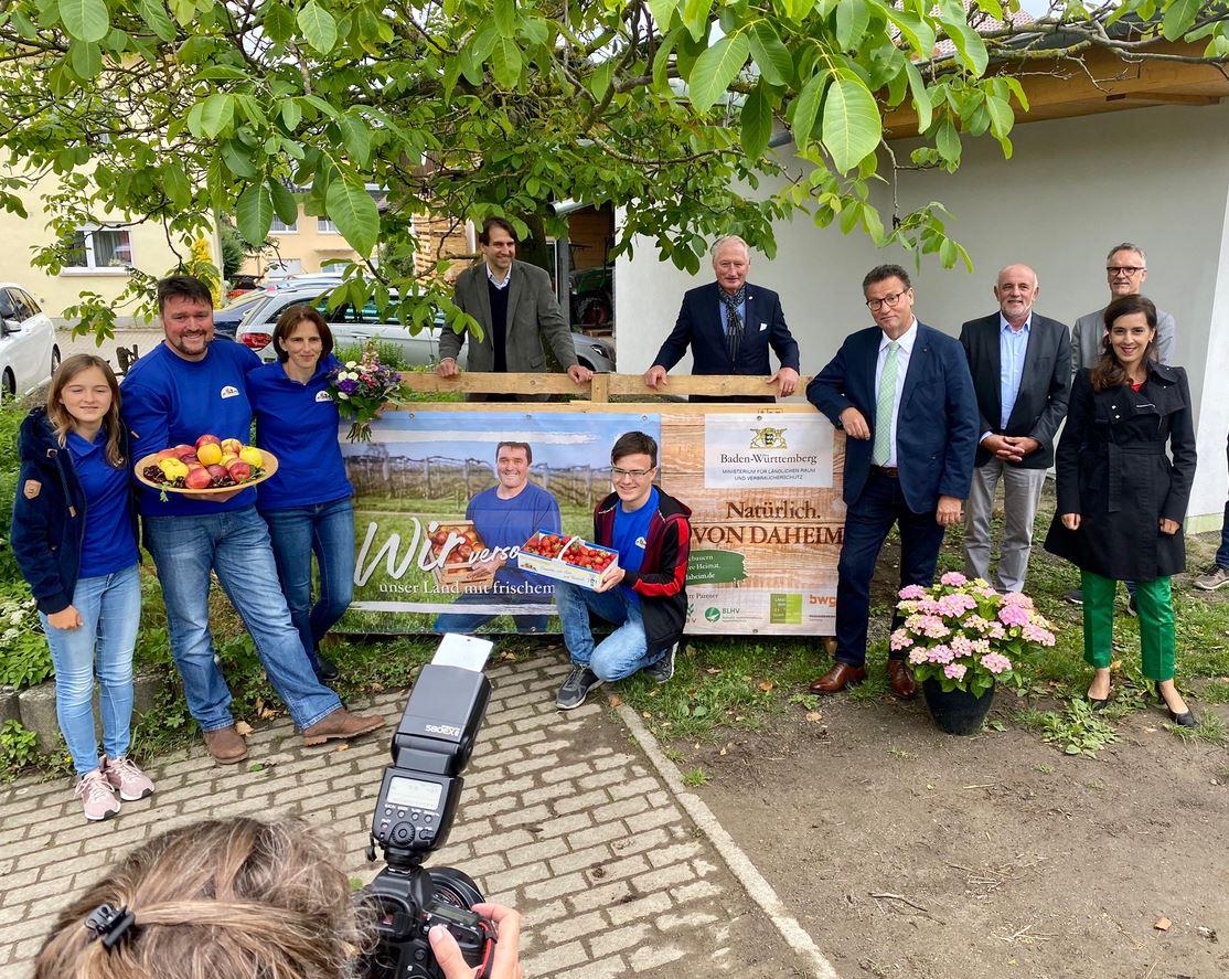 Ministerbesuch: Obst- und Gemüsebauern versorgen unser Land